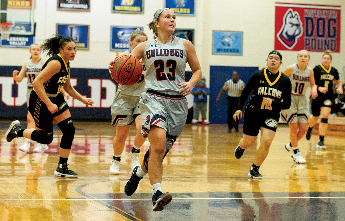 Leandra Sterner scored 21 points against the Falcons