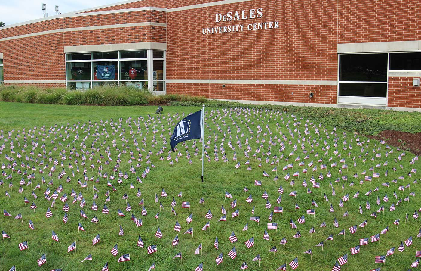 911 Flags
