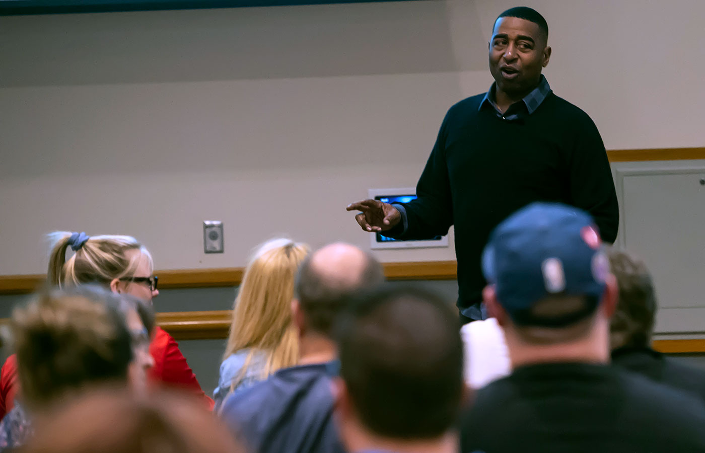 Cris Carter talks addiction and recovery